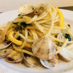The Food Cocoon. Vongole con spaghetto
